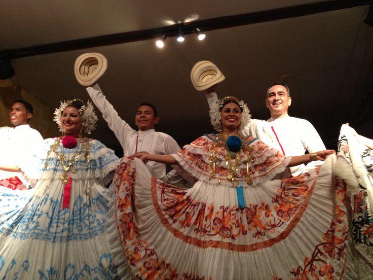 Danzas y trajes Panameños!