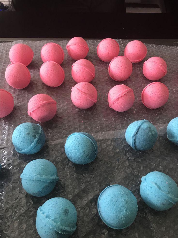 "2"" Black Raspberry Vanilla and Blue Raspberry Bath Bombs"