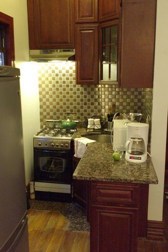 tiny kitchen - actually looks workable!