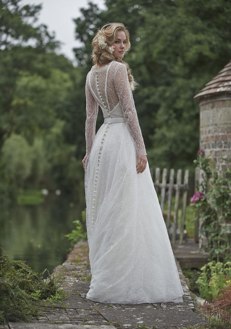 Stephanie Allin 2016 Wedding Dresses { Love Letters Bridal Collection } itakeyou.co.uk #weddingdress #weddinggown: