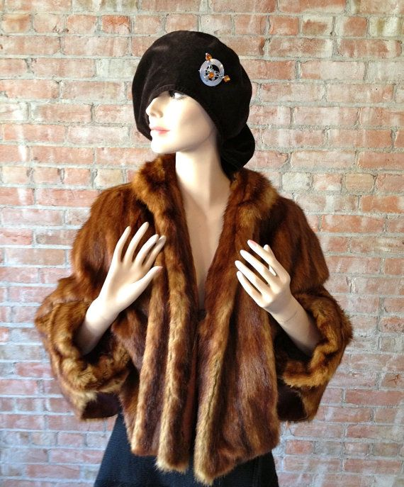 Rich Luxurious Vintage Fur Caplet by TheJavaShop on Etsy, $80.00