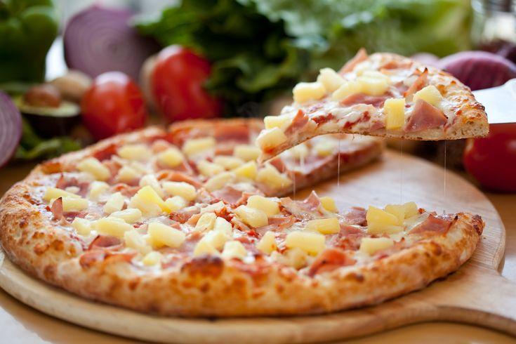 Przepis na domową pizzę hawajską