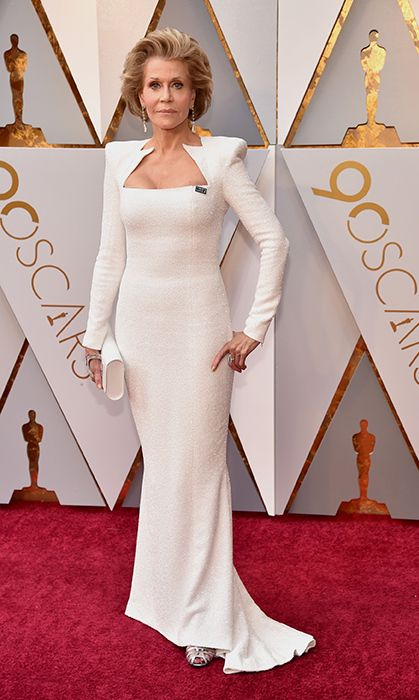 Margot Robbie leads white gown trend at 2018 Oscars | Red ...