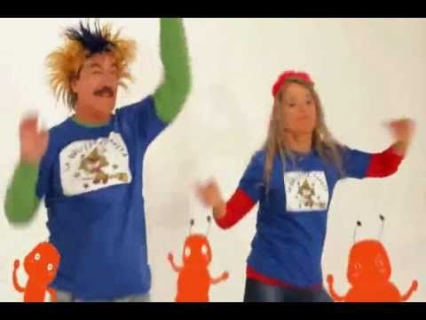 Yo Sacudía - La Brujita Tapita - Brujicanciones - YouTube
