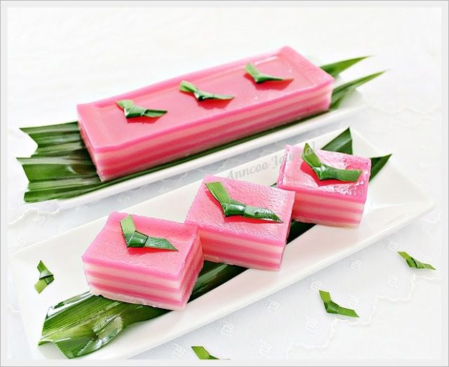 Kuih Lapis (Steamed Layer Cake) | Anncoo Journal