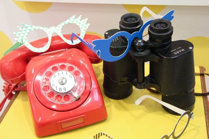 Cool new glasses for the kids party! #nordicdesigncollective #formex #formexfair #designfair #stockholmsmassan #fair #nordic #design #ejvor #news #new #glasses #kids #children #party #kidsparty #childrensparty #pattern #paper #phone #telephone #binocular #yellow #red #blue #green #triangle #stripes