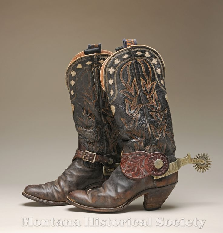 2004.47.01 - 1900-1950 handmade leather Hyer Cowboy boots.
