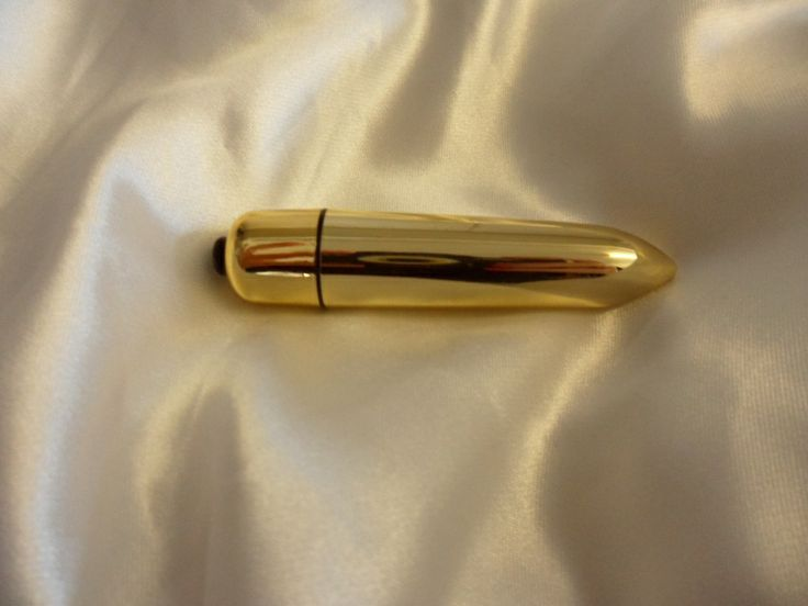 """Vibrating Bullet - £6.99 + free p&p. All good things come in small packages and this vibrating bullet sex toy is proof of that. At only 3.5"""" inches long and 1"""" thick the power of this Bullet will blow your mind. Designed for clitoral stimulation it can be used alone or with your partner. www.fancyafetish.com"""