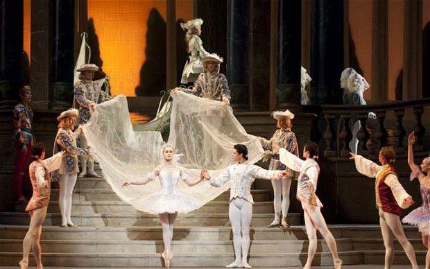 Marianela Nuñez and Thiago Soares in the Royal Ballet's Cinderella