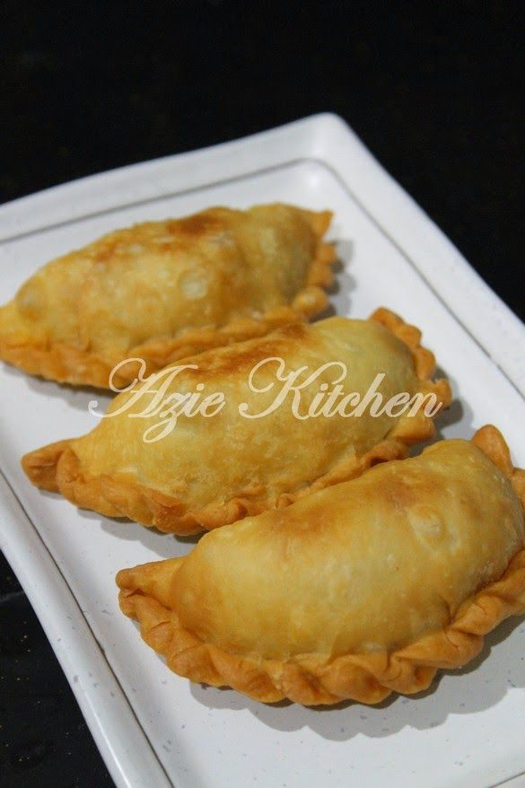 Azie Kitchen: Karipap Sardin