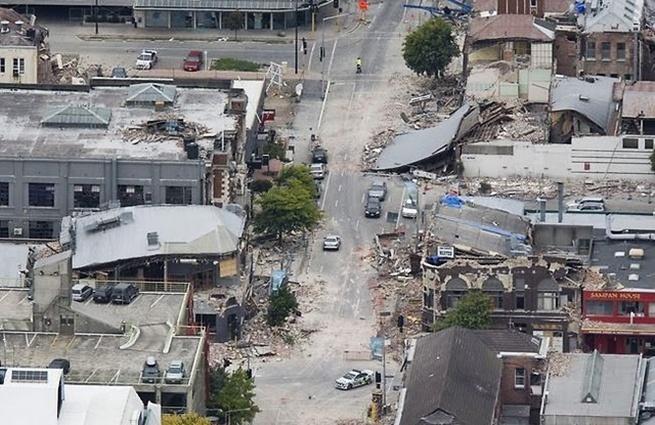 http://www.dspec.co.nz/wp-content/uploads/2011/03/nz-christchurch-earthquake.jpg