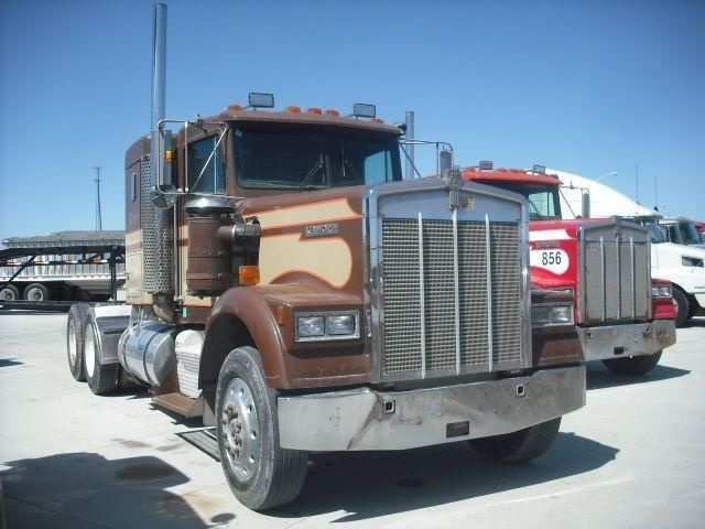 #ThrowbackThursday Check out this 1984 #Kenworth W900B #Sleeper Truck! View more Kenworth #Trucks at http://www.nexttruckonline.com/trucks-for-sale/by-make/Kenworth #Trucking #SemiTrucks