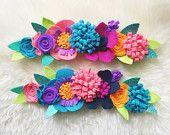 Artículos similares a Corona de flor de fieltro / / venda de loro / / flores de Baker en Etsy