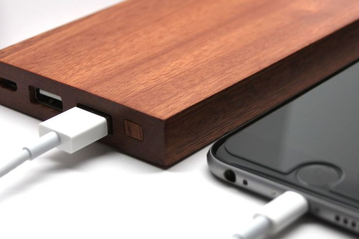 best portable battery chargers carved