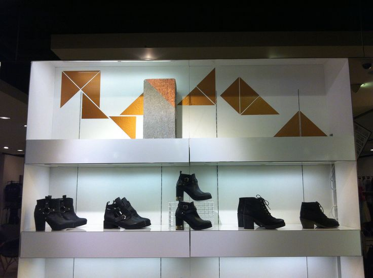 Copper triangles and painted breeze block shoe treatment