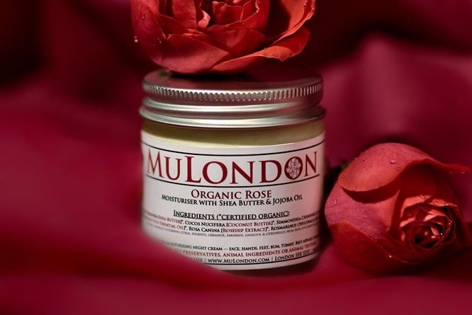 MuLondon Organic Rose, Rosehip & Rosemary Moisturiser. Luxury 100% organic face moisturiser with Rose otto oil, Rosehip Extract and Rosemary Antioxidant. This amazing trio will pamper, balance and nourish dry, irritated and sensitive skin. http://www.mulondon.com/moisturisers/organic-rose-moisturiser.html #mulondon #organic #natural #skincare #rose #rosehip #rosemary #moisturiser