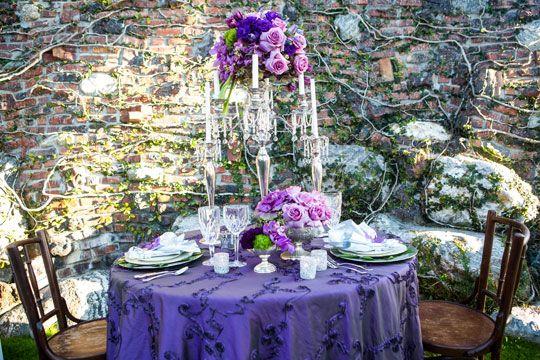 Kristina Chartier Photography | Floral Design & Accessories: Hartworks Floral Design | Rentals: Classic Party Rentals | Linens: A Perfect Table via CeremonyBlog.com
