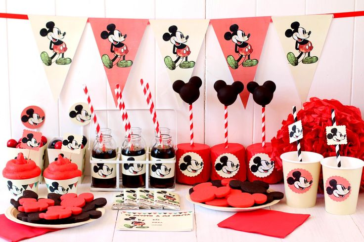 Fiesta de Mickey Mouse - Imprimibles gratis // Free printable vintage mickey party kit