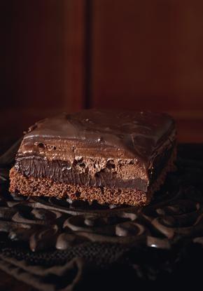 Τούρτα σοκολάτα διχρωμη