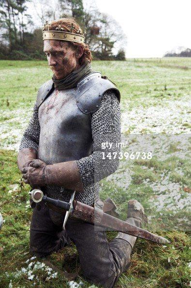 Tom Hiddleston as King Henry