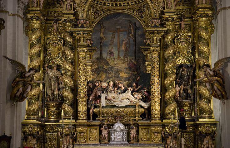 High Altar in the church of Hospital de la Caridad