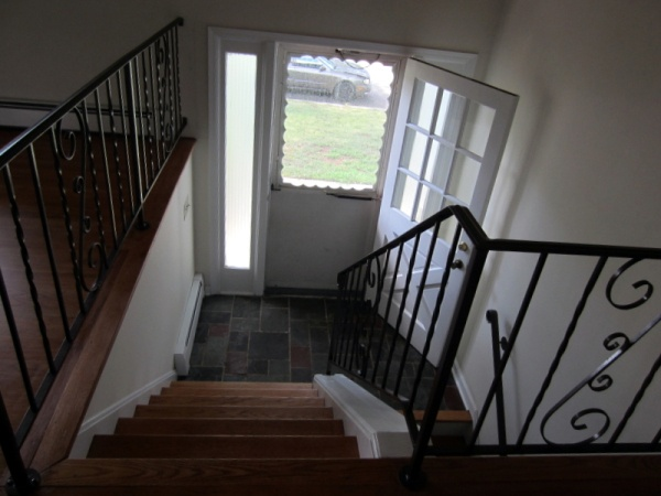 Split Foyer Stair Railing : Best images about home decor split level stairs