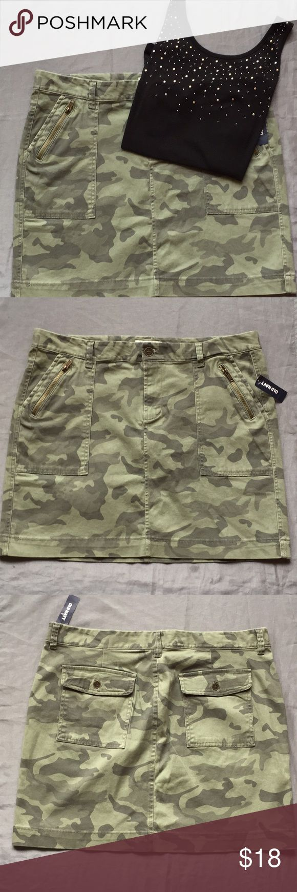 "Old Navy Camo-Print Skirt Ready to combat the summer? This adorable skirt has 2 useable pockets in the front and back.   Length is about 19""inches long Offers welcomed Old Navy Skirts Midi"