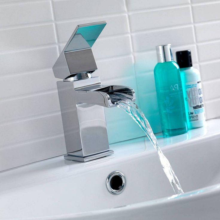 Escala Basin and Bath Shower Mixer Pack