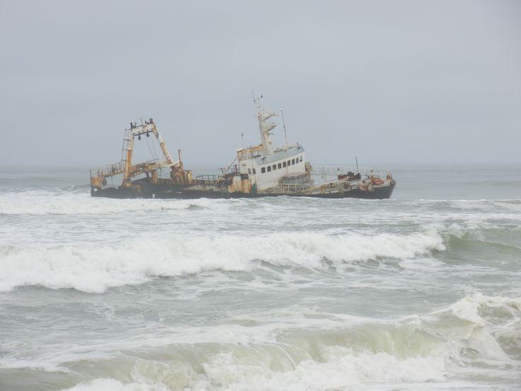 skeleton+coast | Description Skeleton Coast Wreck01.jpg