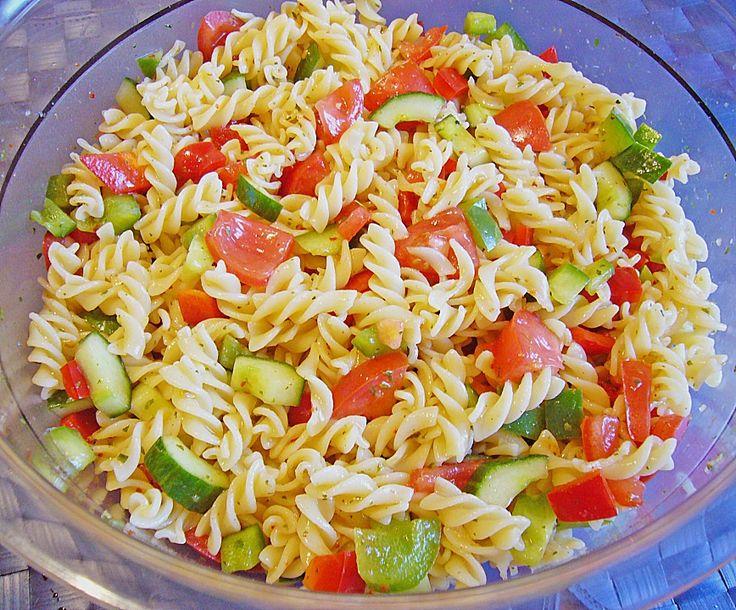Leichter Nudelsalat, ein gutes Rezept aus der Kategorie Gemüse. Bewertungen: 112. Durchschnitt: Ø 4,2.