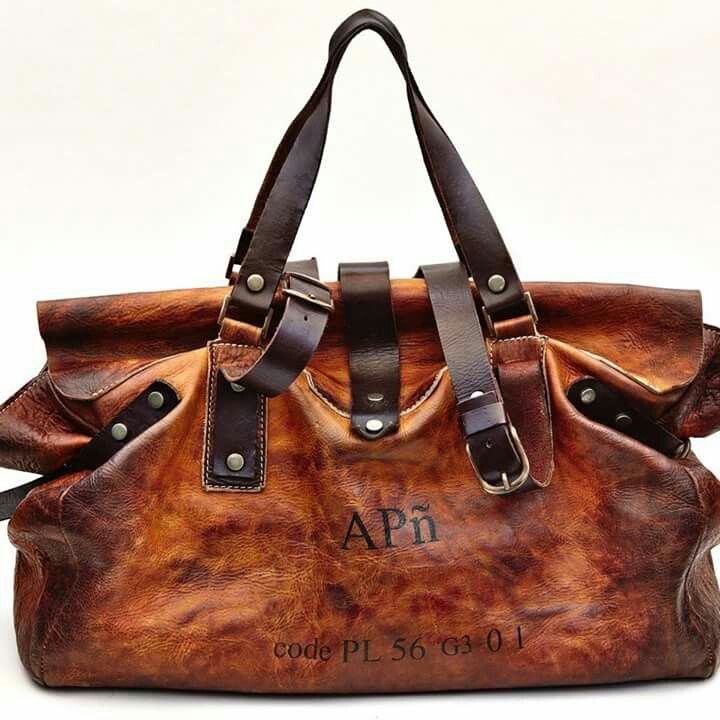Lovely Vintage Leather Travel Bag Or Duffle