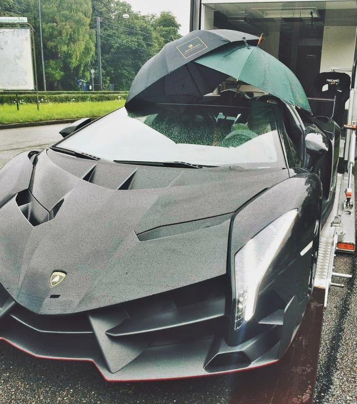 Lamborghini Veneno Roadster In A Rainy Day!! #lamborghini #veneno  #venenoroadster #
