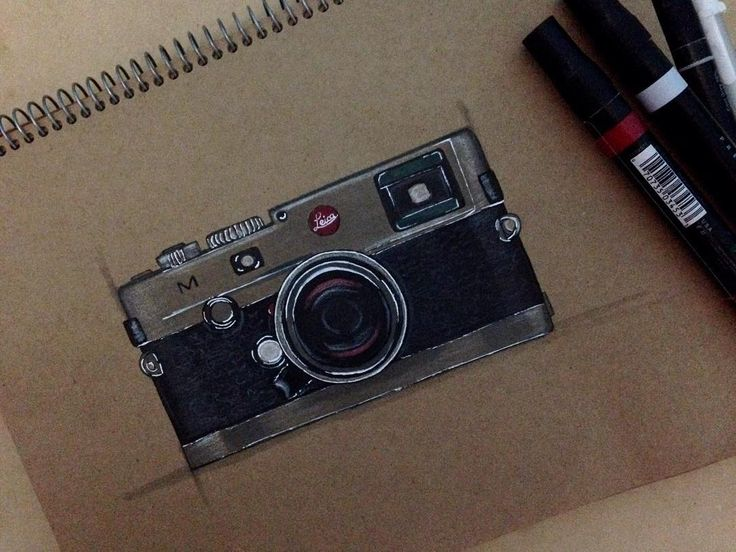 Leica Camara  #sketching #markerrendering #markersketching #prismacolor #markersketch #marker #mydrawing #sketch_daily #iddrawing #designsketch #pencilsketch #doodleday #doodleart #doodle #draw #idsketch #ID #productsketch #productdesignsketching #designsketching #sketchaday #sketchdaily #drawing #productdesign #sketchbook #sketch #sketching #diseñoindustrial #idsketching #leica #leicasketch