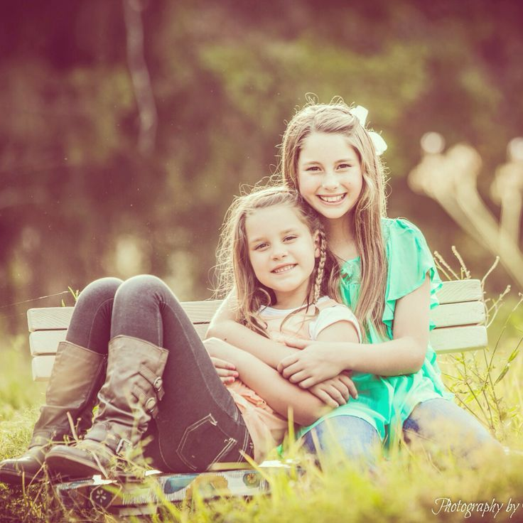 sister photo idea | Sister photo ideas | Photography