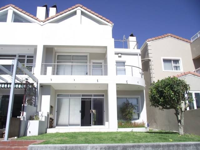 Harbour Island Property | Price: R 3,200,000 | Ref: 2909223 http://www.homelinkestates.co.za/showpropertySM014000009258.cp