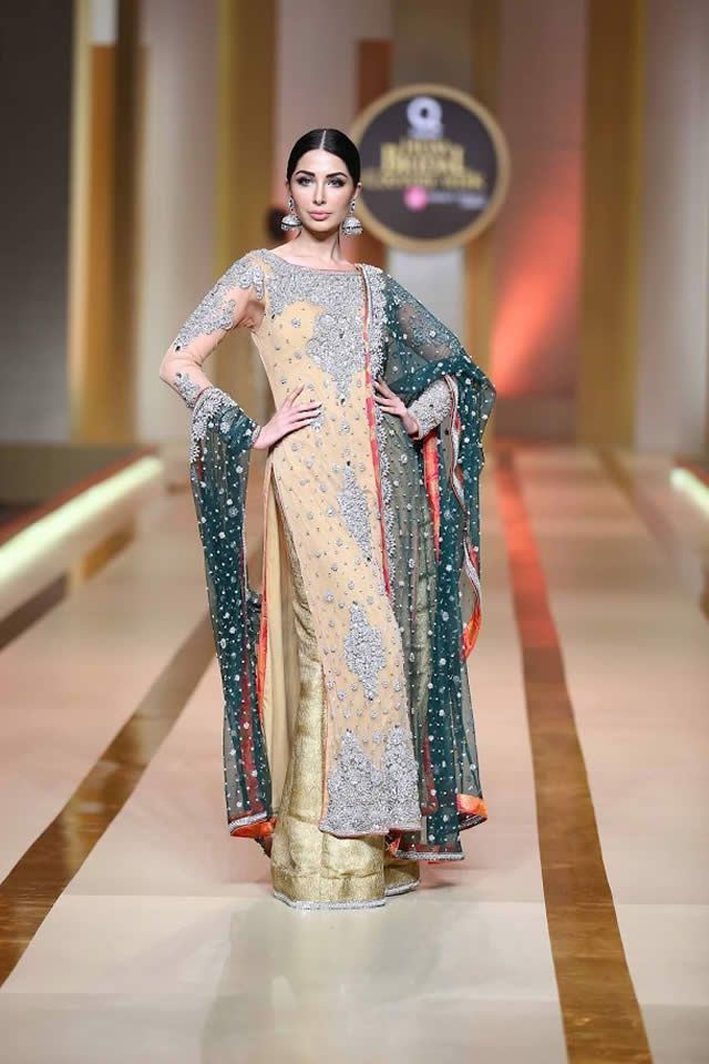 Amina Yasmeen by Mansoor Akram Showcased latest formal at Qmobile Hum Bridal couture Week 2017 in Karachi.