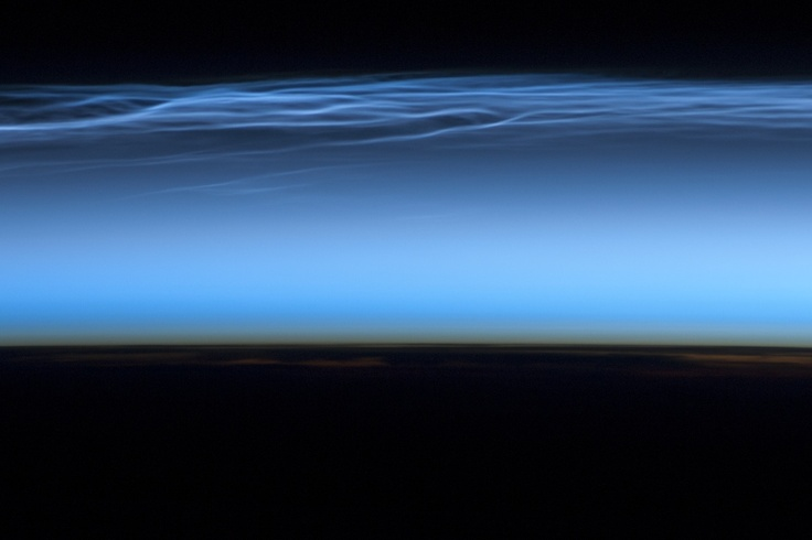 noctilucent-nuage-iss