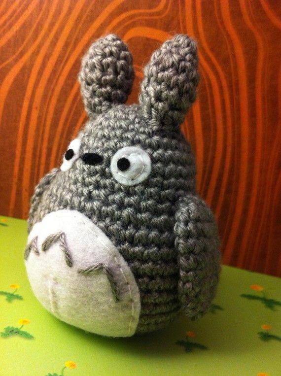 Amigurumi Totoro Ohje : 1000+ images about Amigurumi Totoro on Pinterest