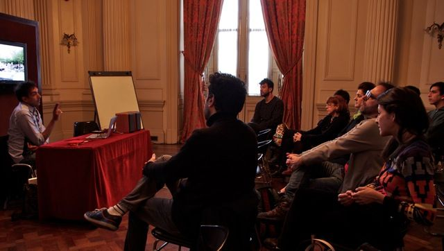 Workshop de Tarek Atoui en el CETC. Panorama Sur 2014 (Foto: Ernesto Donegana)