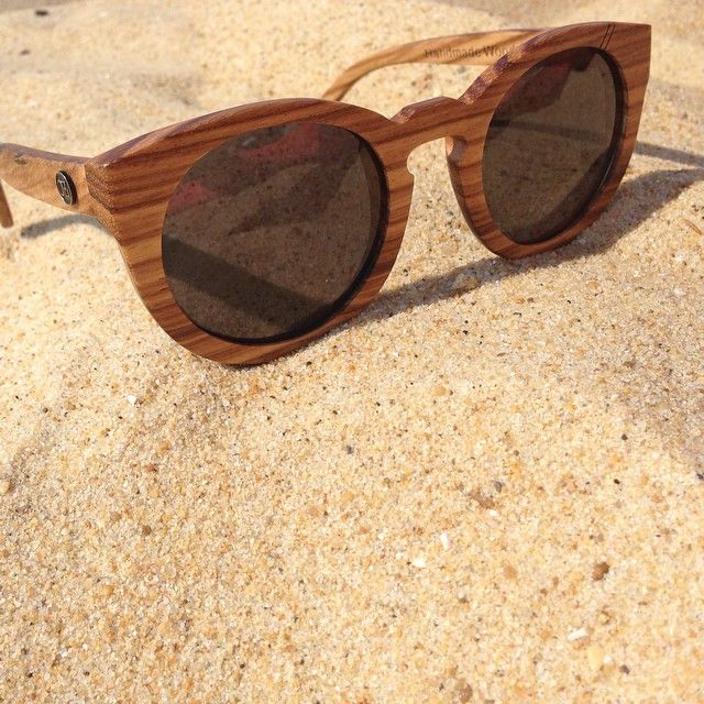 sur la plage abandonnée ... #plage #beach #sun #summer #aquitaine #leslandes #friends #love #sunglasses #oz #ozed #capbreton #hossegor
