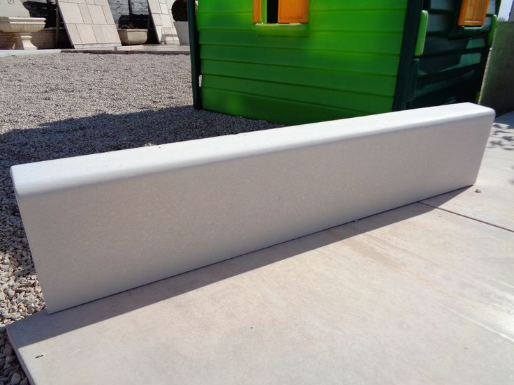 bordure terrasse beton top bordure de terrasse en bton with bordure terrasse beton finest. Black Bedroom Furniture Sets. Home Design Ideas