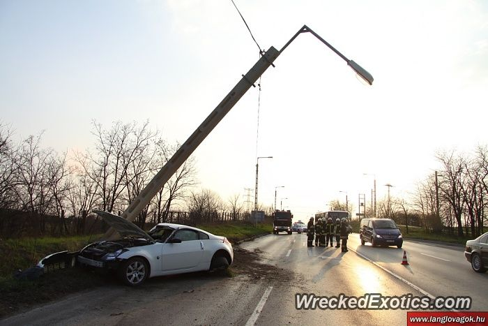 Nissan Z-Series 350Z crashed in Budapest, Hungary