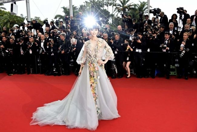 Cannes 2015 red carpet: what they're wearing on day two - Vogue Australia