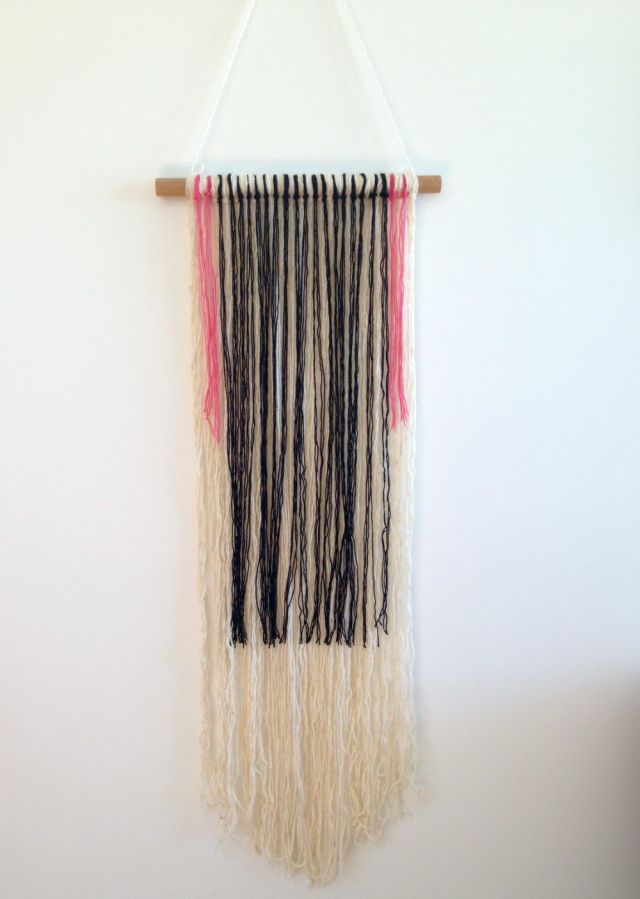 ... Yarn Hanging, Diy Macrame Wall Hanging, Diy Wall, Diy Yarn Wall