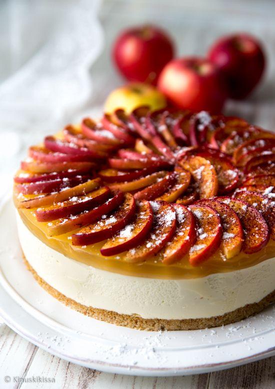 Valkosuklaakakku omenakuorrutteella | Kinuskikissa | Bloglovin'