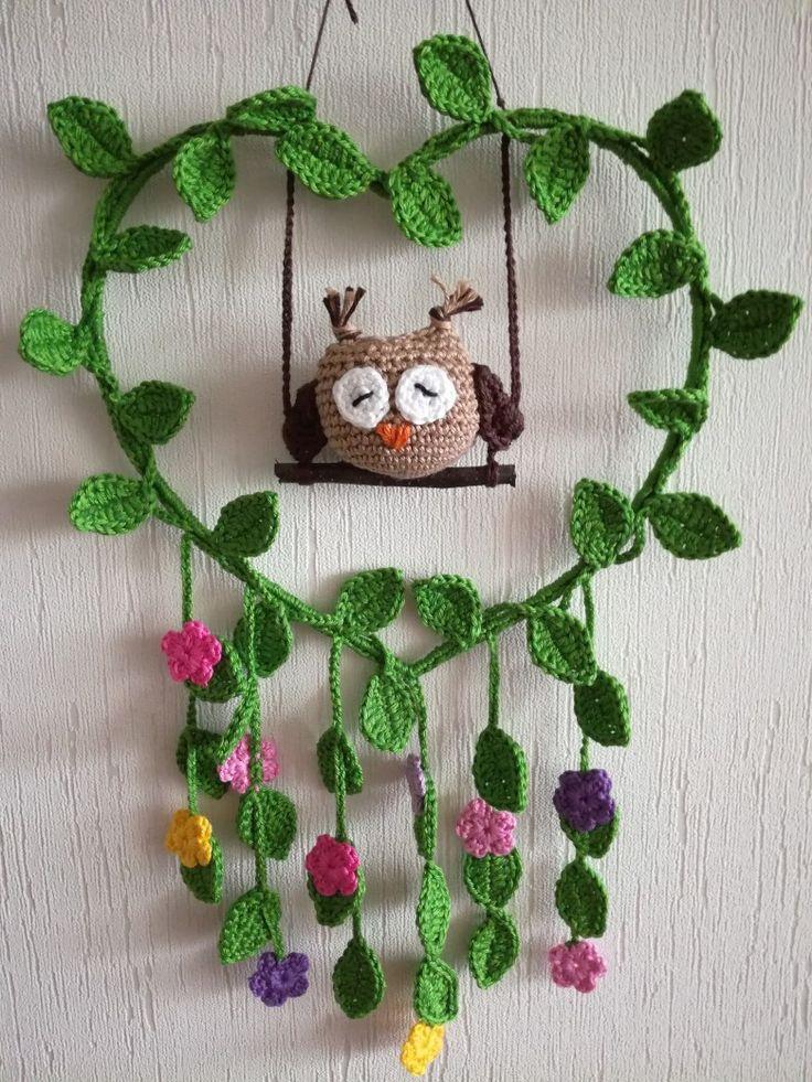 Crochet owl wreath