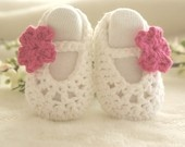Crochet PATTERN PDF - Crochet Baby Shoes Pattern, Baby Ballerina Slippers, 4 sizes included. $4.00, via Etsy.