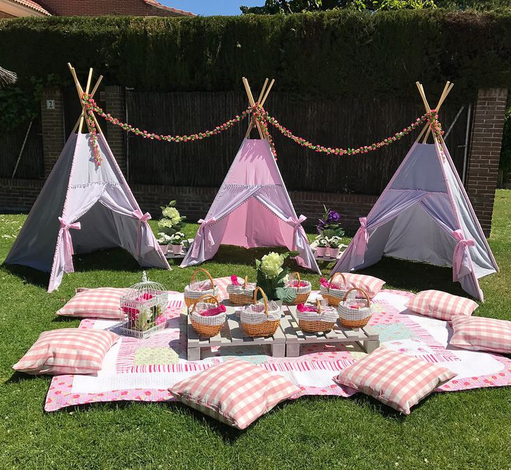 Picnic Madrid 2 Entertaining Boho Picnic Birthday