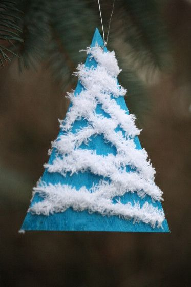 wool wrapped tree ornaments - happy hooligans wool and cardboard trees