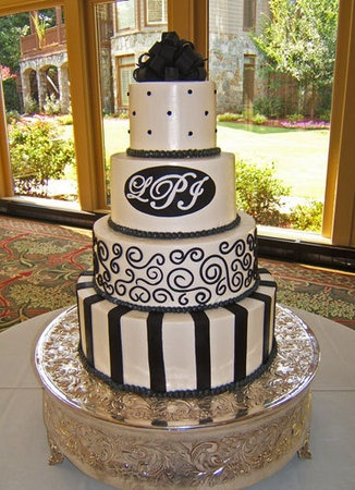 black and white wedding cake!